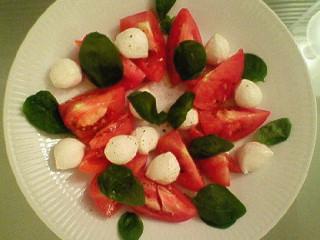 トマトを使って…